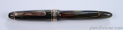 Montblanc Fountain Pen #142 MASTERPIECE - Grey Striated