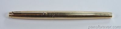 PARKER 75 GOLD FILLED CISELE  - SQUARE - DISHED TASSIES,  FINE NIB